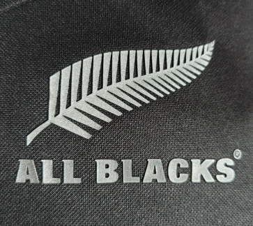 rugby new zealand crest shirt