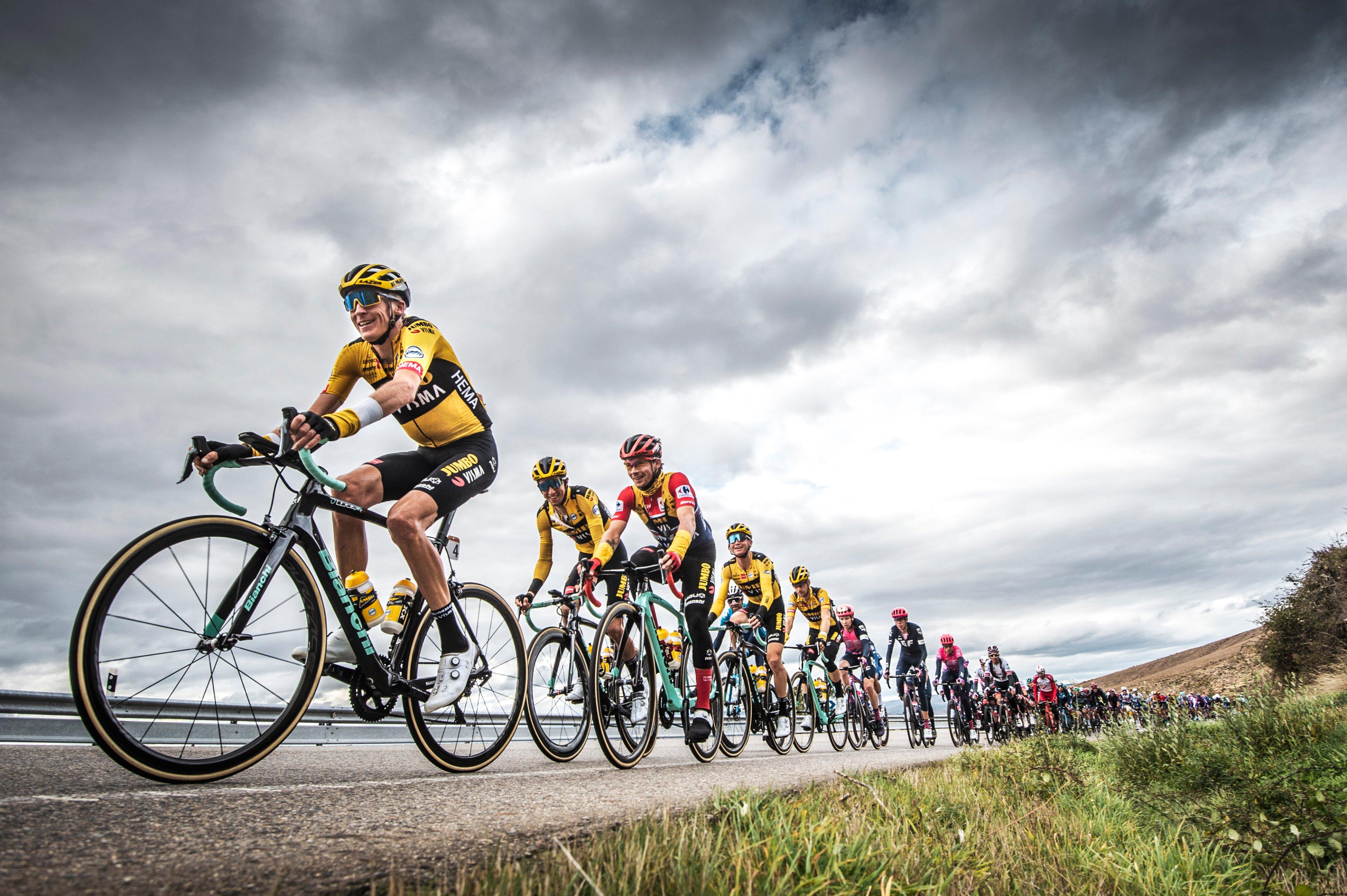 feat cycling vuelta 2020 Jumbo-Visma