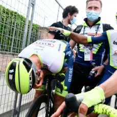 cycling giro 2021 van der hoorn celebration